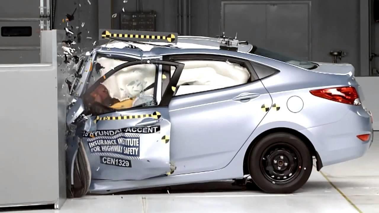Краш-тест Hyundai Solaris